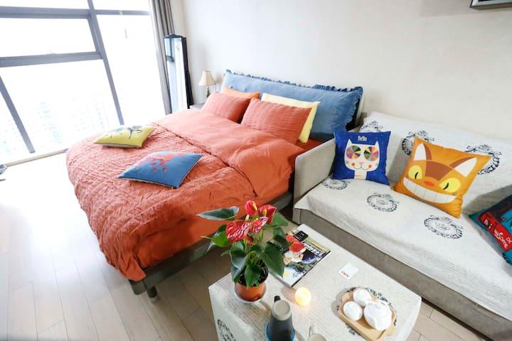 【多吉壹号】全景落地窗、顶楼24层看西湖 、市中心武林广场地铁站旁 - Hangzhou - Lägenhet