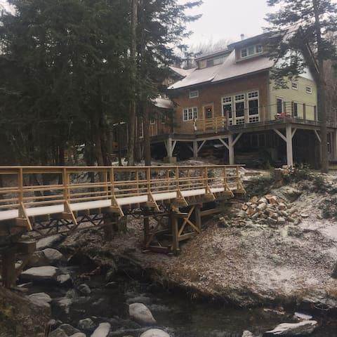 Unique Mountain side apt - Jay - Lägenhet