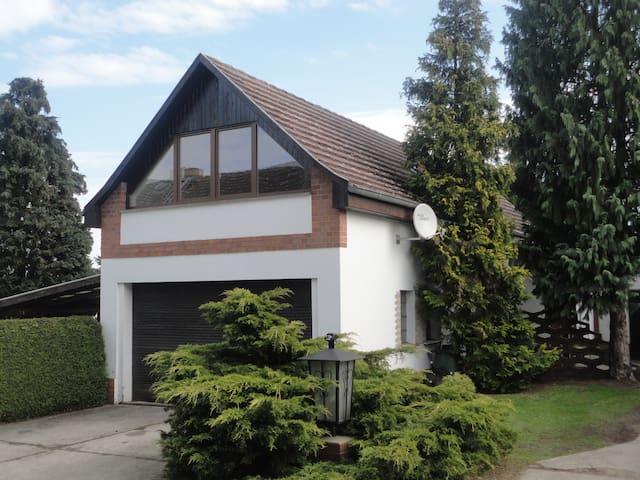 Moderne Ferienwohnung in ländlicher Idylle - Neiße-Malxetal - Appartement en résidence