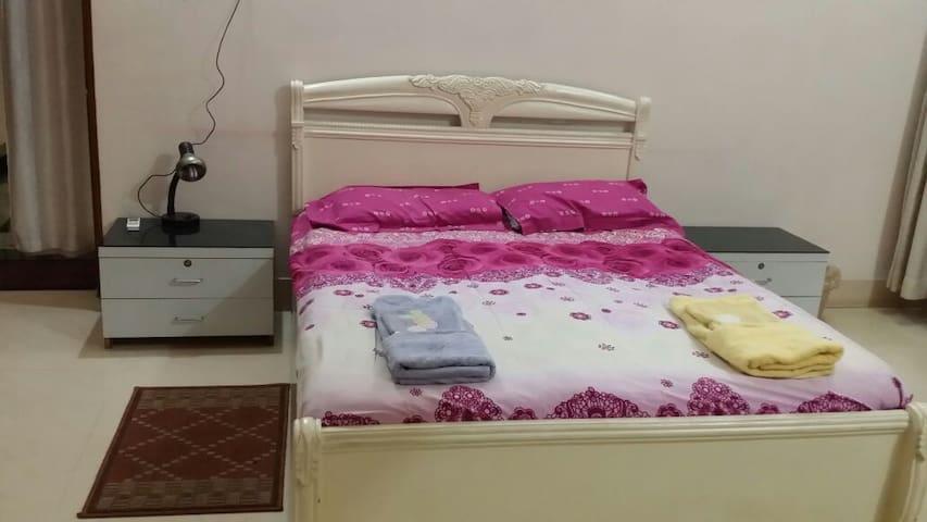 Safe Room in classy Civil Town - Rourkela - Hus