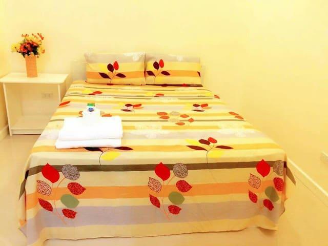 Double deluxe garden view room - Oslob - Bed & Breakfast