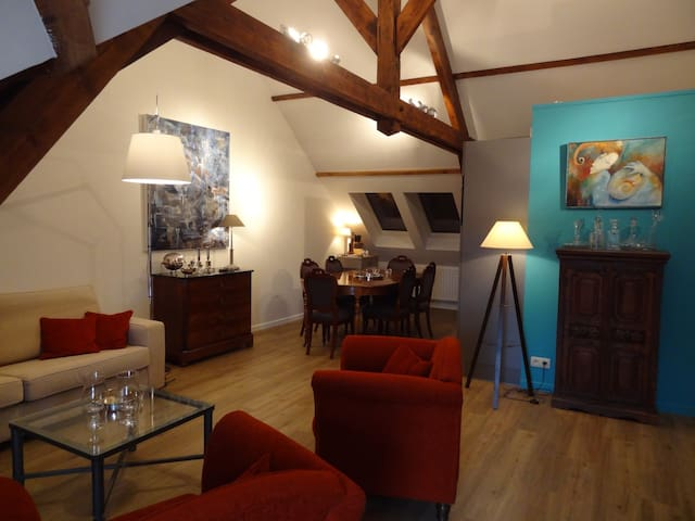 La GAREçonnière studio-loft - Binche - Leilighet