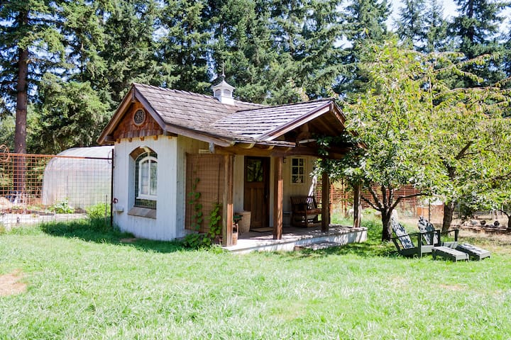 Farm Stay Cabin Get Away - Vashon - Бунгало