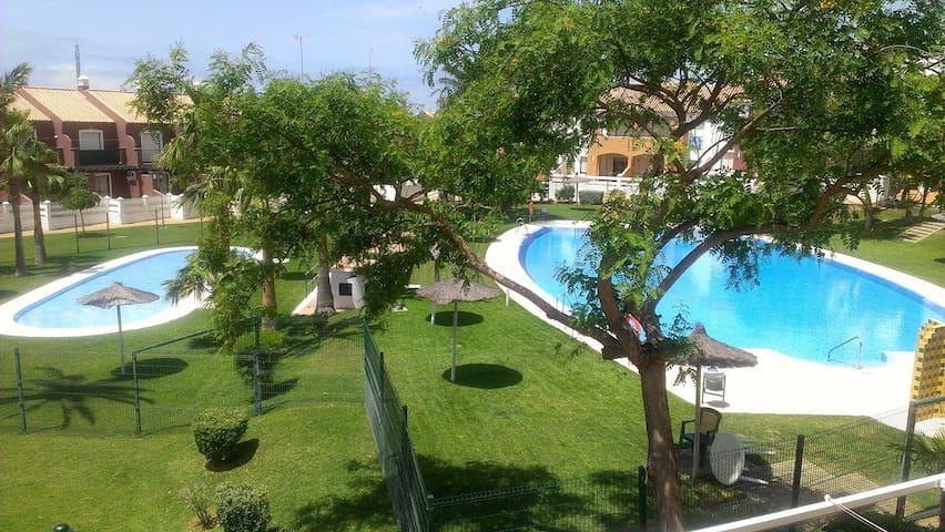 Apartamento en la Barrosa CTC-(PHONE NUMBER HIDDEN) - Chiclana de la Frontera - Huoneisto