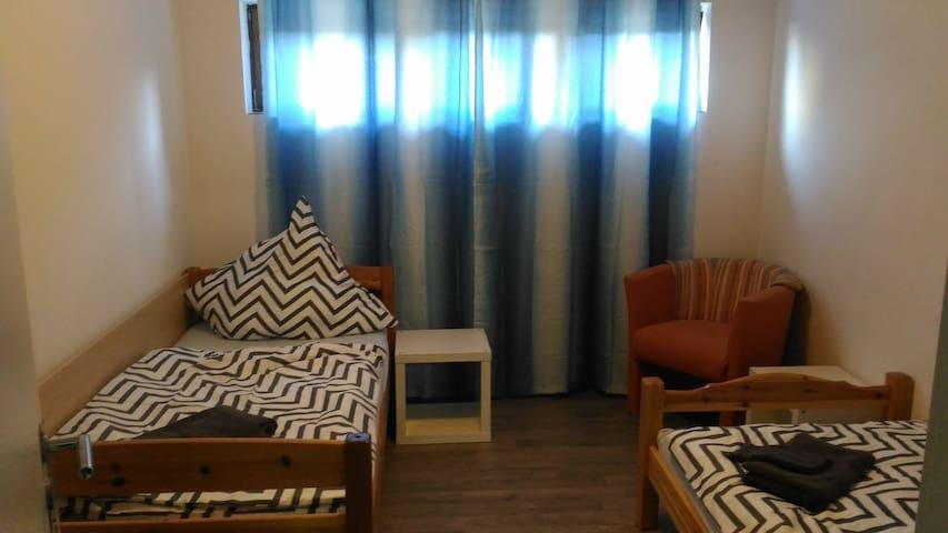 Für Kurz oder Langzeit, Sie sind willkommen - Gielert - Appartement