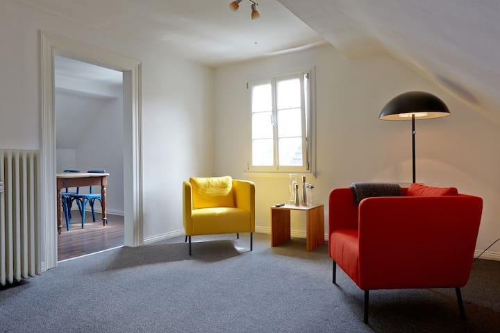 Gemütliche Dachgeschosswohnung in Fachwerkhaus - Solingen - Daire