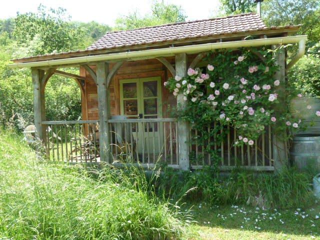 Oak cabin,quiet,relaxing,timeless.. - Les Junies - Stuga