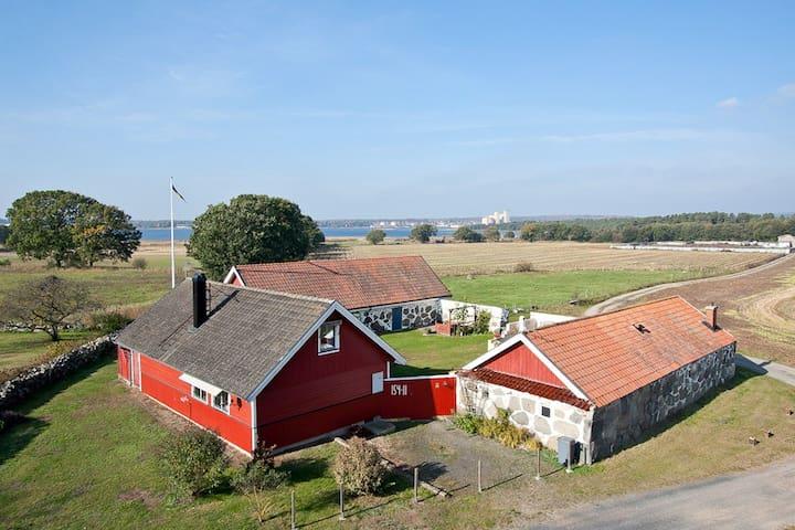 Charming country guestloft by sea - Sölvesborg - Loft空間