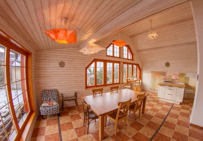 *BIG Family Cottage, Ski, Mountains - Vysoké nad Jizerou - Дом