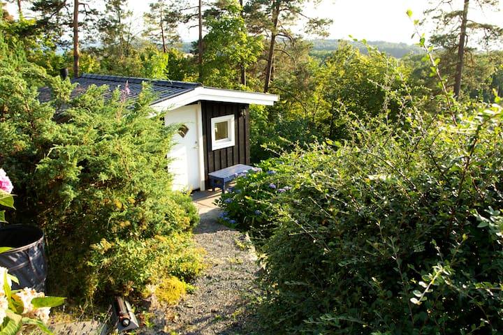 Small annex in a quiet garden - Moss - Kabin