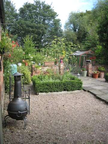 Cottage in south of North Yorkshire - Selby - Huis