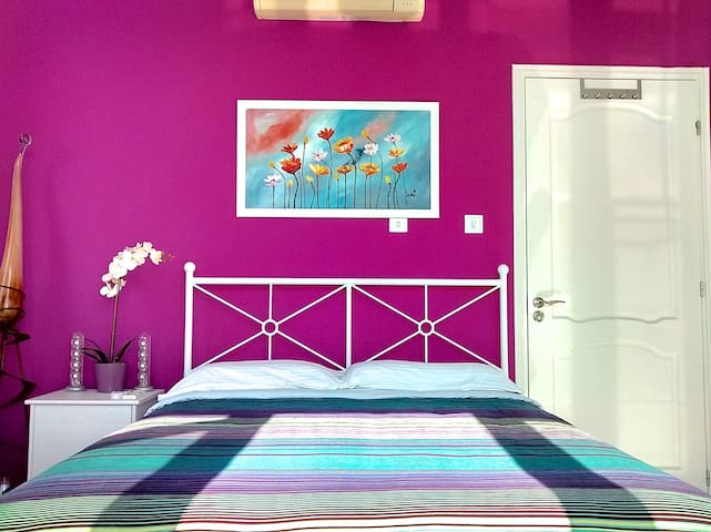 Sunshine Bedroom with Sea View - Mouttagiaka - Appartement