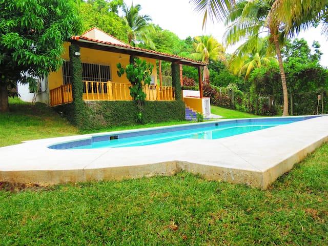 Best Beach House in a Private zone - Santa Tecla - 獨棟