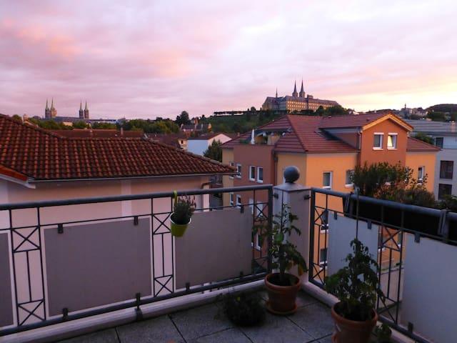 Wunderschönes Zimmer Innenstadt Blick Dom - Bamberg - Appartement