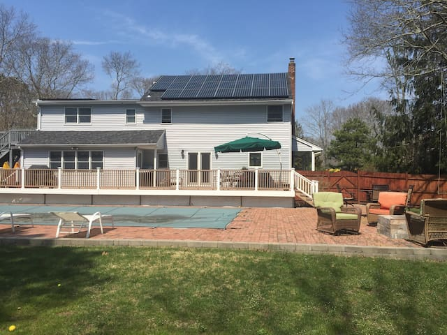 Relax by the pool in the hamptons - East Quogue - บ้าน