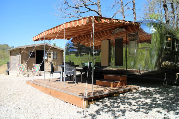 Natural Glamping in a Vintage American Trailer - Rennes-les-Bains - Andre