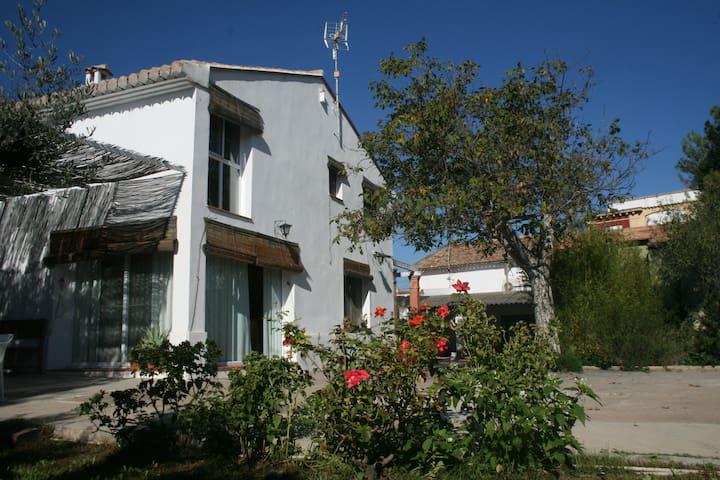 Espadán, family country house near the beach - Alto Palancia - Huis