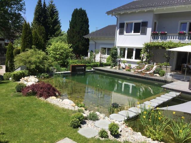 Bed & Breakfast & Pool im Landhaus am Chiemsee - Bernau am Chiemsee - Aamiaismajoitus