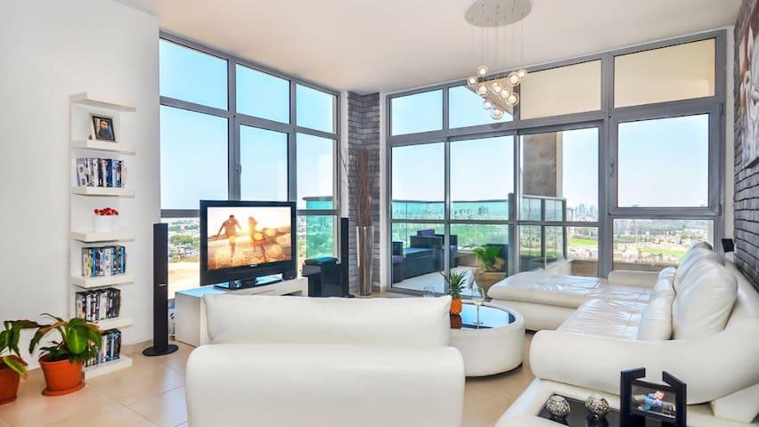 Luxury apartment next to the beach - Rishon le zion