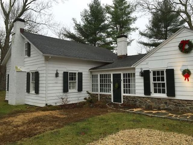 Completely Renovated Historic Schoolhouse - Pound Ridge
