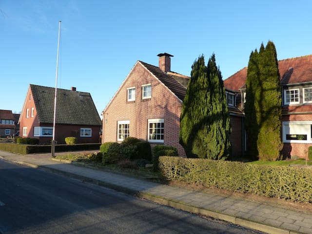 3 Zimmer Maisonette in Kanallage - Papenburg - Huoneisto