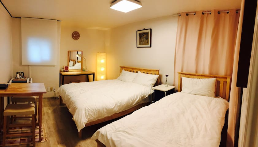 Seoul Station nearby (Breakfast & Portable Wifi) - Yongsan-gu - Hus