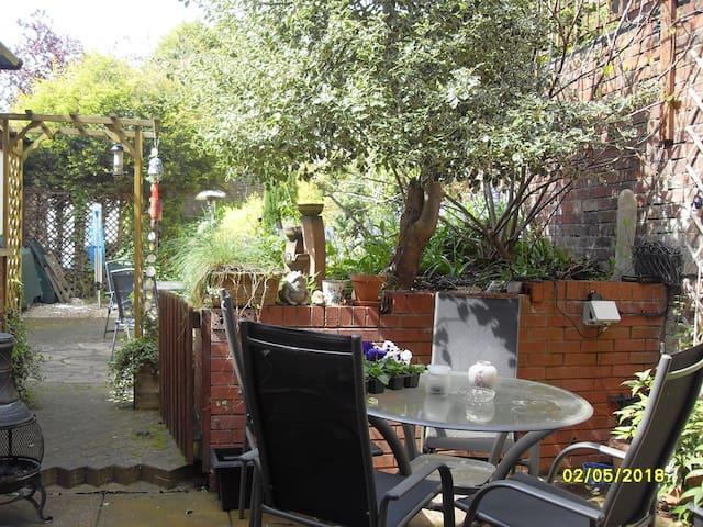The Garden Apartment - Stourbridge