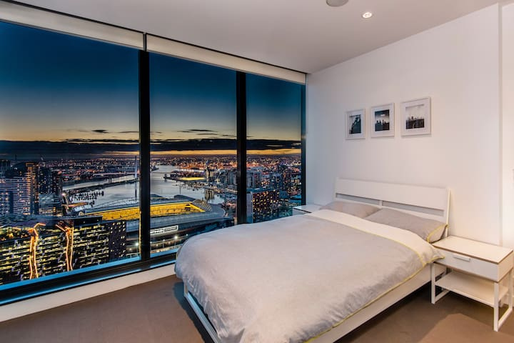 Lofty sanctuary in the city with ensuite bathroom - Melbourne - Pis