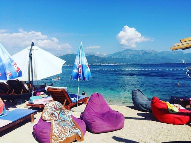 Hotel Pepilon -  Studio with Side Sea View - Đenovići - Rumah