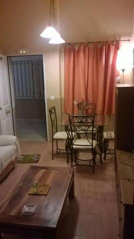 ESTUDIO MUY BIEN SITUADO EN C.REAL - Сьюдад-Реаль - Лофт