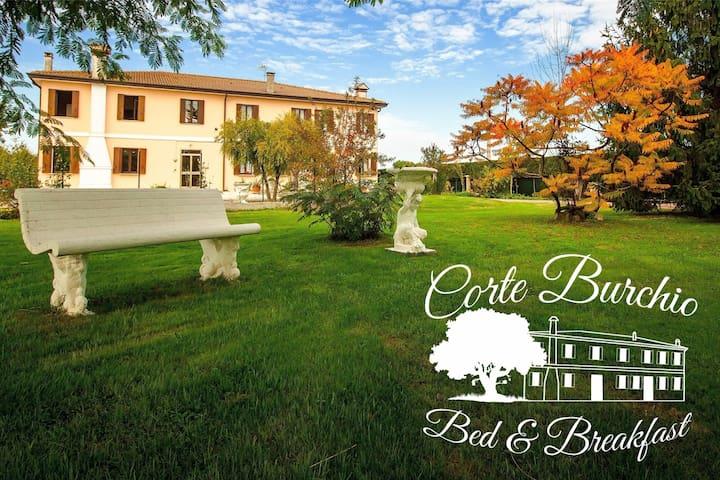 B&B Corte Burchio - Bellombra - Bed & Breakfast
