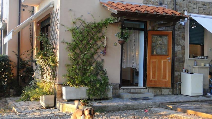 Piccola casa immersa nel verde - Rosignano Marittimo - Leilighet
