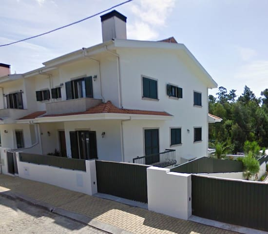 Family House in a quiet location - Talo