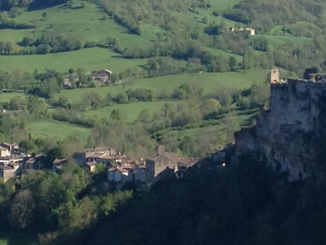 Lejlighed i middelalderby, Frankrig - Penne - Apartamento