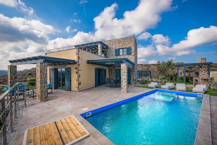 Villa with private pool - Kokkini Hani - Villa