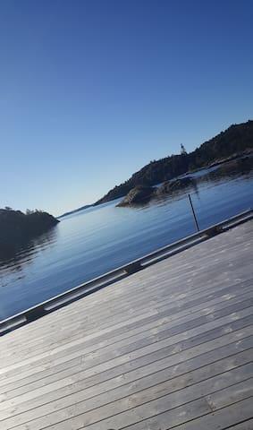 Modern house by the sea. - Askøy - Talo