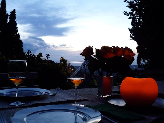 Country-chic with Sea view & garden - Castagneto Carducci - Appartement