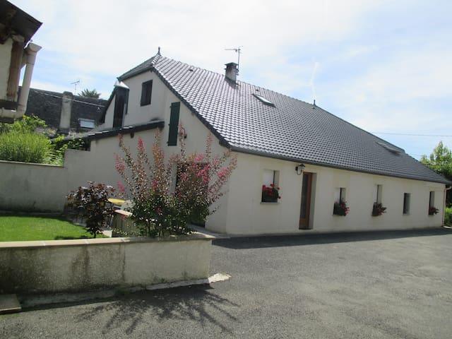 Gîte rural I, St Martin(65) 4 pers - Saint-Martin, Hautes-Pyrénées - Huis