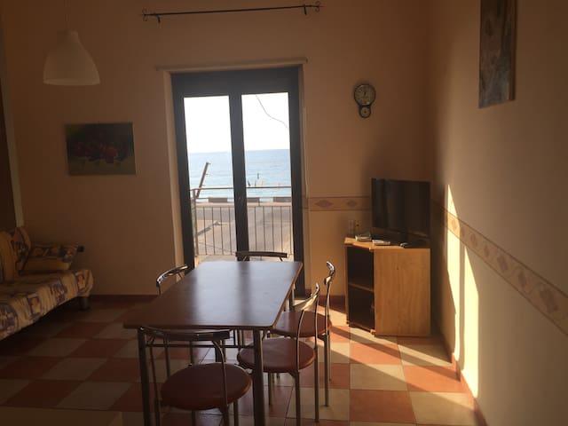 Appartamento sul Mare - Sant'Agata di Militello - Apartament