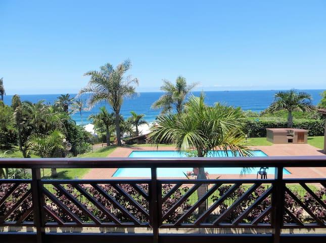 Sea Views close to the Beach, Restuarants & Shops - Umdloti - Hus