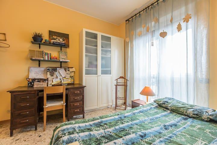 2 minutes from higway, calm, green, wifi - Trezzano sul Naviglio - 公寓