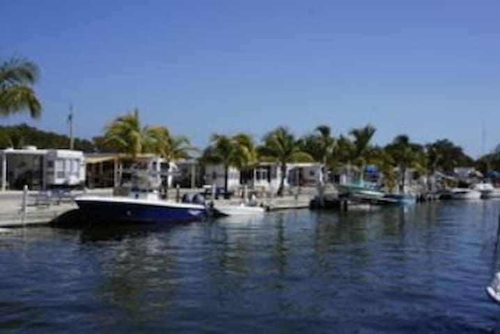 2/1 Beautiful Unit in Calusa Campground - Key Largo