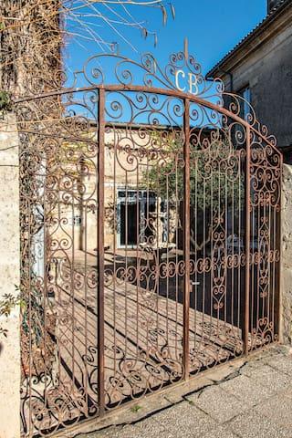 """Logement """"Patio """" du Château Bouchereau  (5 Pers) - Caudrot - 城堡"""