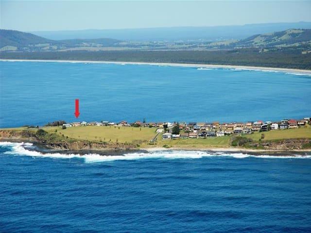 Panoramic ocean views throughout - Gerroa