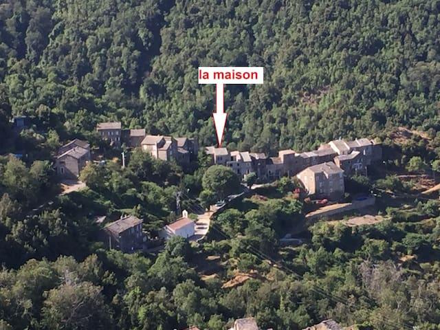 MAISON 6/10 PERSONNES,    (SUD DE BASTIA) - Monte - Casa