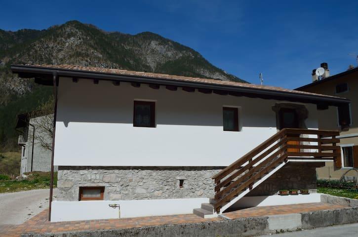 Casa Clelia - San Francesco - Huis