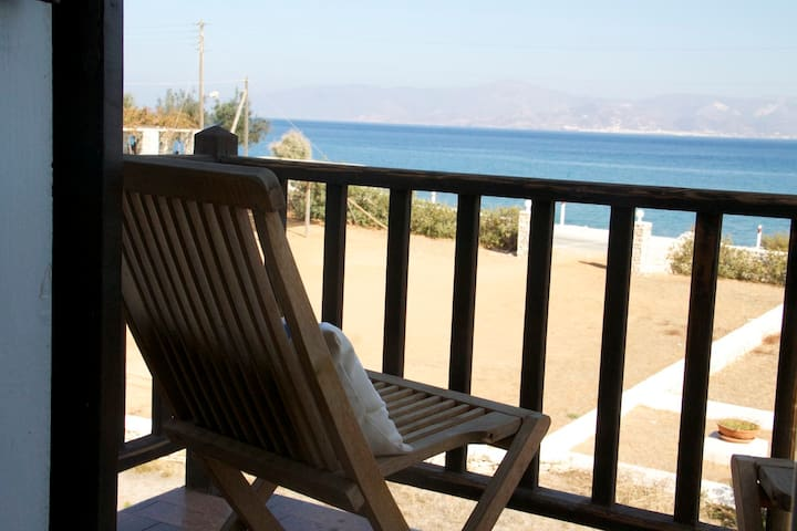 Seaside Apartment with Panoramic Sea View - Ampelas - Appartement