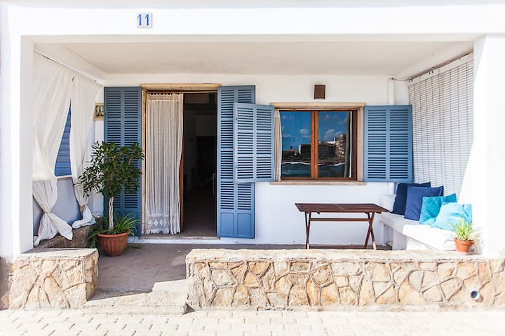 Charming house only a few steps from the sea - Colònia de Sant Jordi - Casa