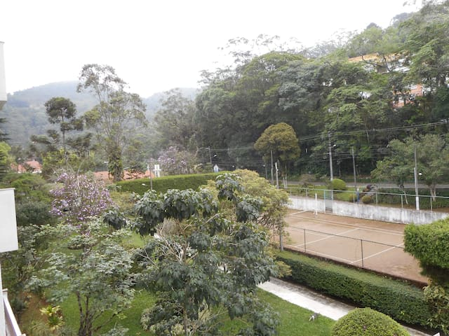 A nice and quiet comfortable flat in Petropolis - Petrópolis - Leilighet