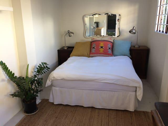 Hemmingway's Paradise - Berea - Apartament